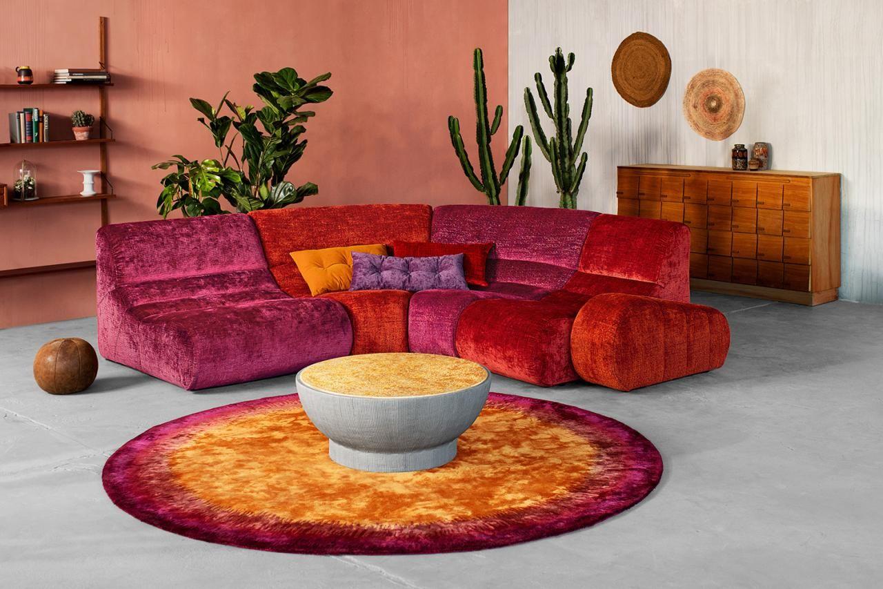 Elementfeuer Komfortabler Ritt Sofa Myami Von Carolin Kutzera Fur Bretz Schoner Wohnen Luxury Sofa Living Room Sofa Armchair Home Decor