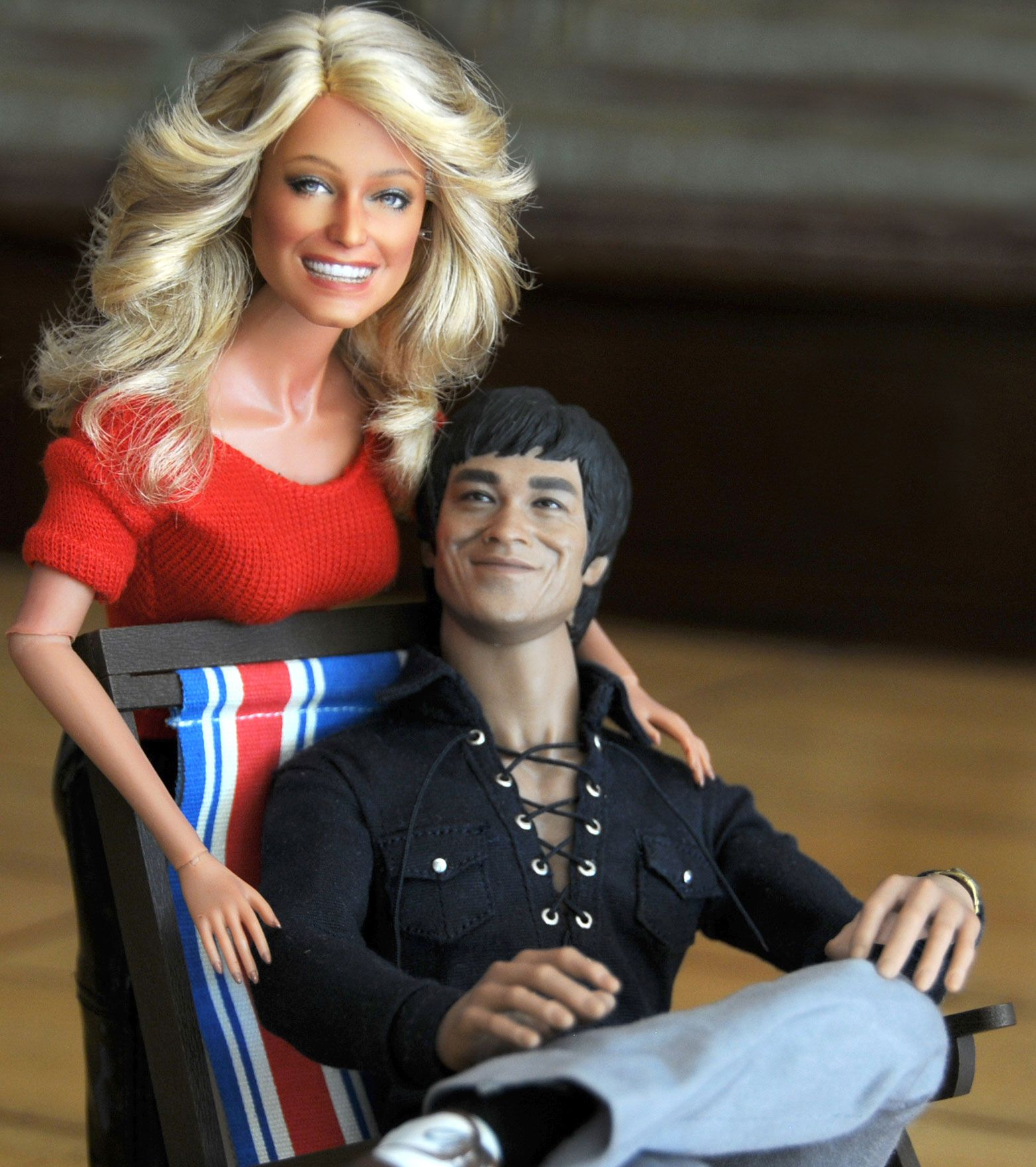 Hot Toys Bruce Lee With A Black Label Farrah Fawcett Barbie
