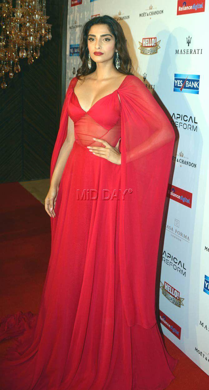 Sonam Kapoor at Hello! Hall Of Fame Awards 2016.  Bollywood  Fashion  Style   Beauty  Hot  Sexy 45a617475