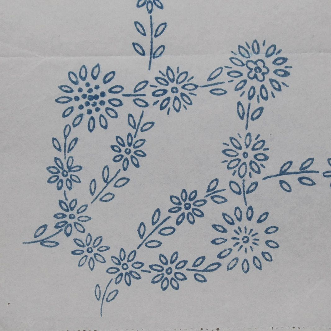 Daisy chain vintage ironon embroidery transfer by