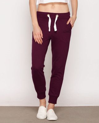 Durable and highly smart, Sweatpants at Newstylish really leave you spell bound. There was a time when men used to wear sweatpants only during jogging and walking. There was a time when men used to wear sweatpants only during jogging and walking.