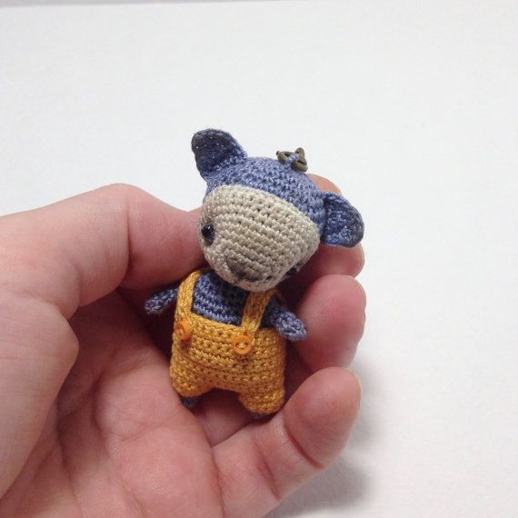 Amigurumi cat with bobble head, crochet blue cat with yellow jumpsuit, small cat phone charm, small cat