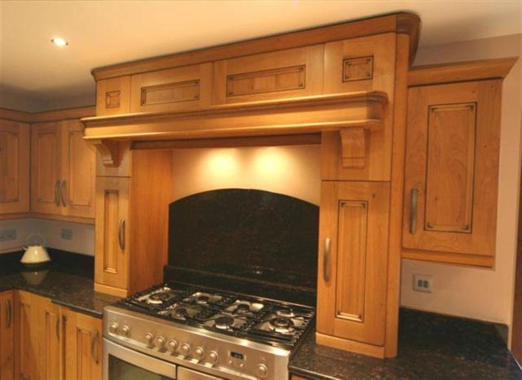 Traditional Oak Kitchen Mantle Idea Http://www.pauljameskitchens.com