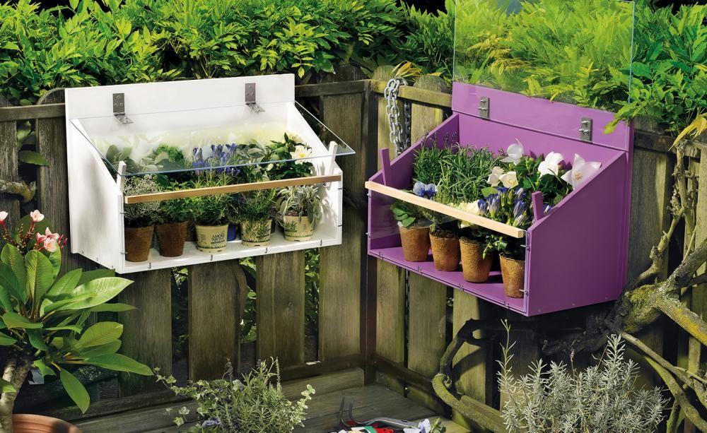 bauanleitung praktisches mini gew chshaus f r den balkon balkon terrasse. Black Bedroom Furniture Sets. Home Design Ideas