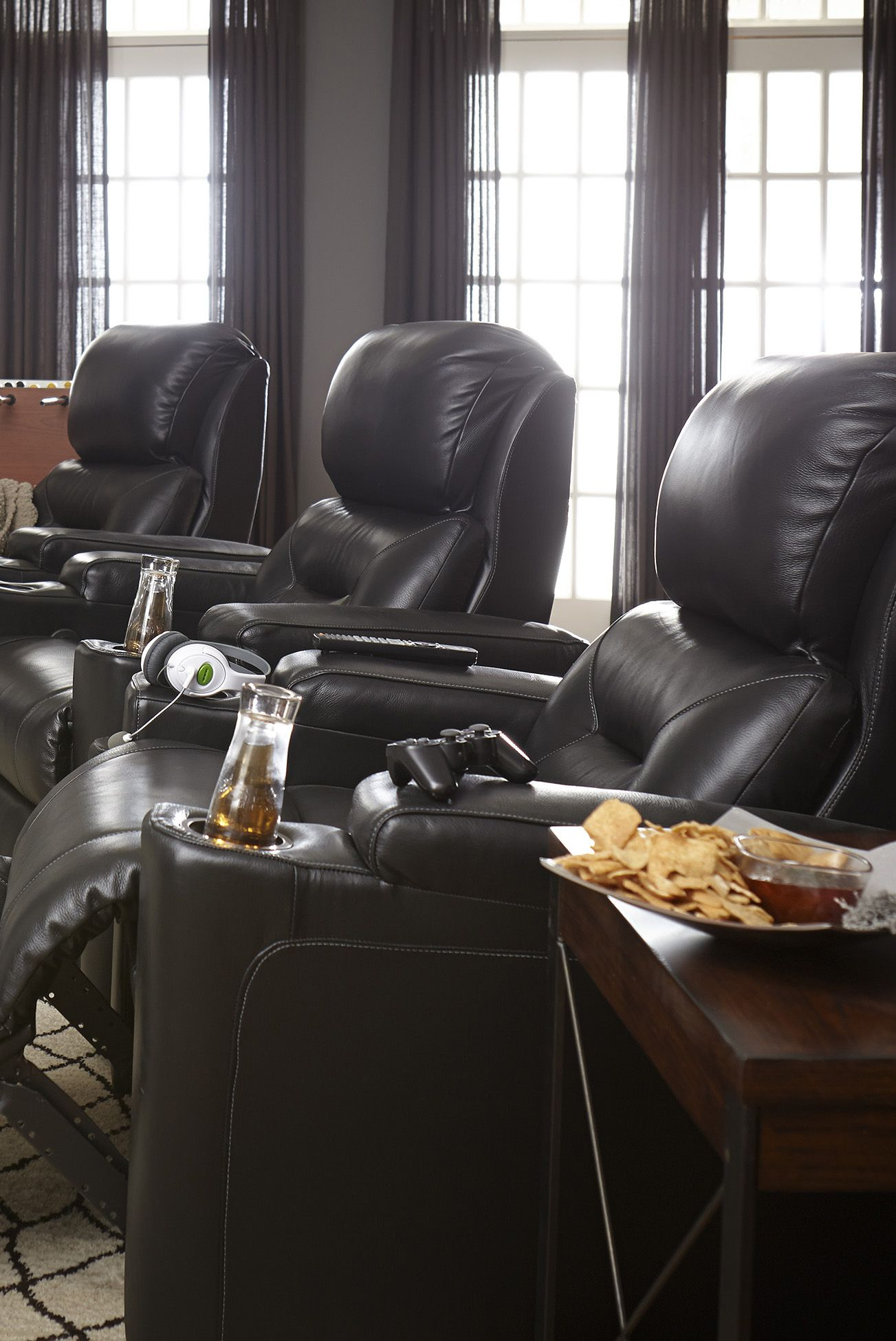 Wrangler Recliner How To Host The Perfect Football Game