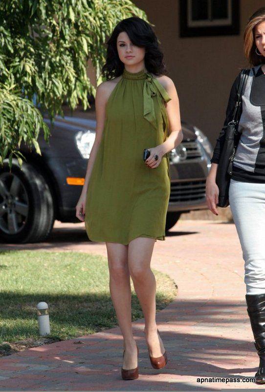 SELENA GOMEZ in green | Selena Gomez Photo in Green Dress ...