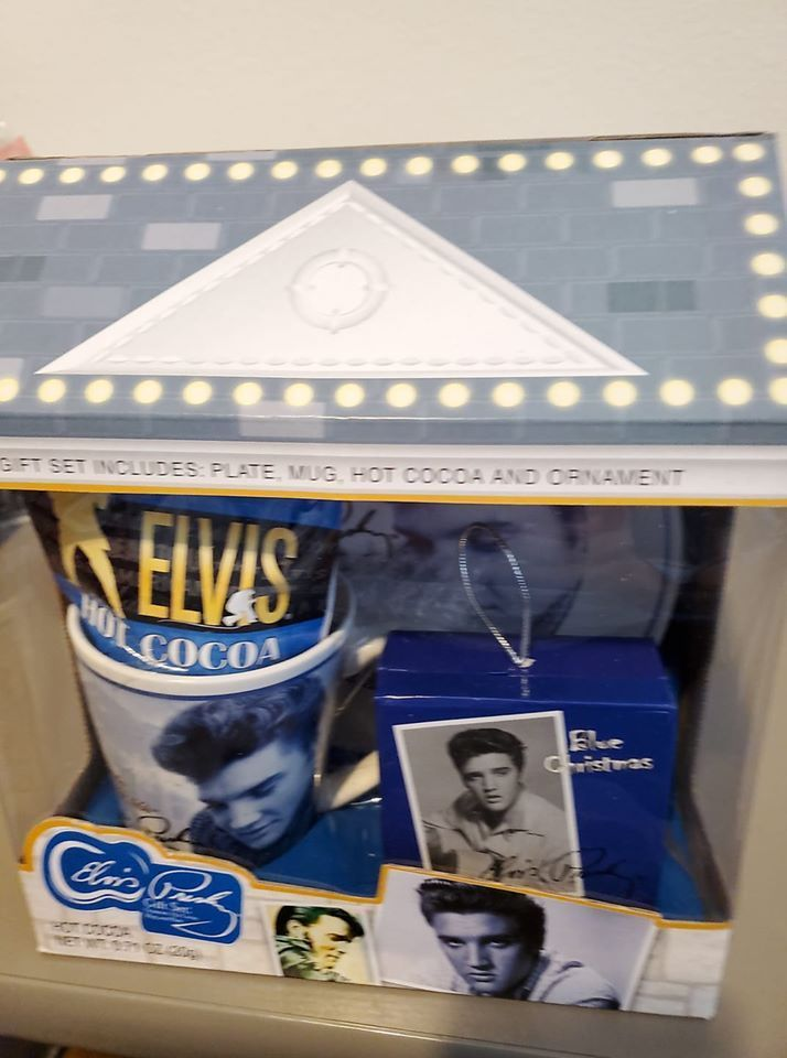 Elvis Presley Blue Christmas Gift House w/Plate, Mug ...