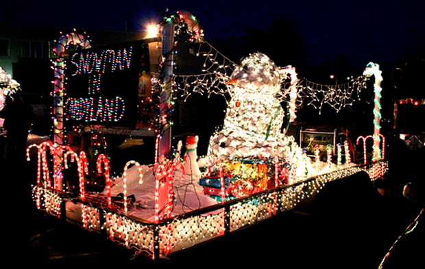 Christmas Float Ideas With Lights.Image Result For Lighted Christmas Parade Float Ideas 2017