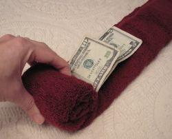 tutustu kiinnostaviin ideoihin palvelusta pinterest how to fold money creative ways to give