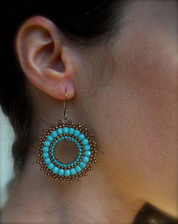 Beaded Earrings em BRICK STITCH - criados por AR-MARI RUBENIAN