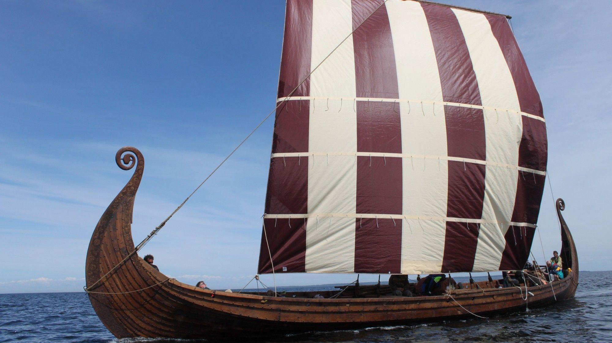 Vikingene Navigerte Med Krystaller Vikingskip Vikingtiden