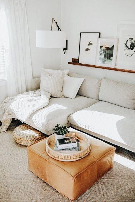 Entdecken Sie alle Design-News auf unserem Blog! #interieurdesign #wohndesign # диза ... #apartmentlivingrooms