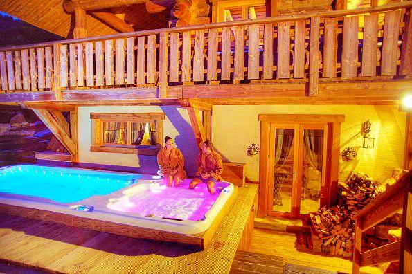 Cabane et Spa Marmande - Spa et Sauna privatif sur la terrasse de la