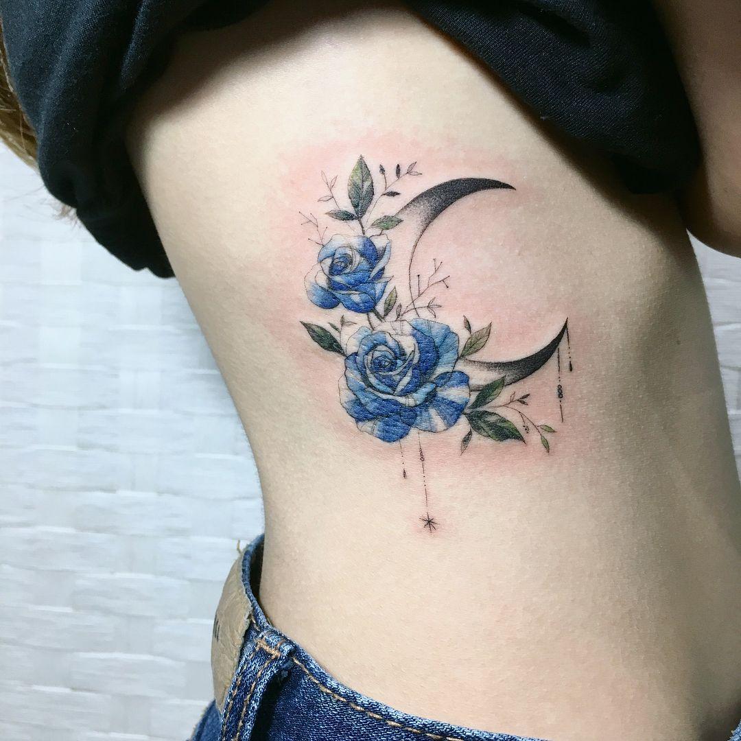rose moon💙 Done at latebird_tattoo . . . 애리타투 tattoo