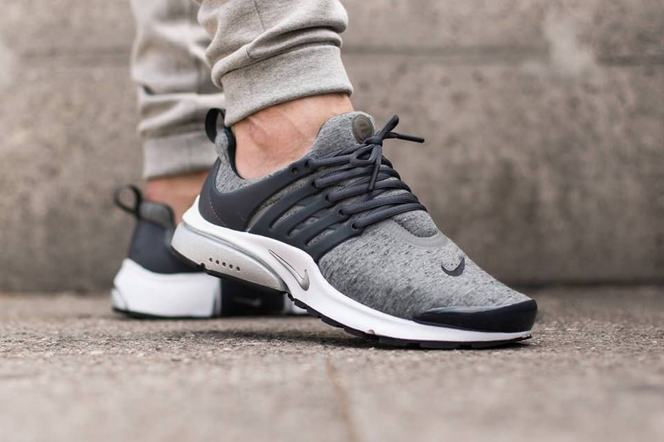 Nike Presto grey fleece