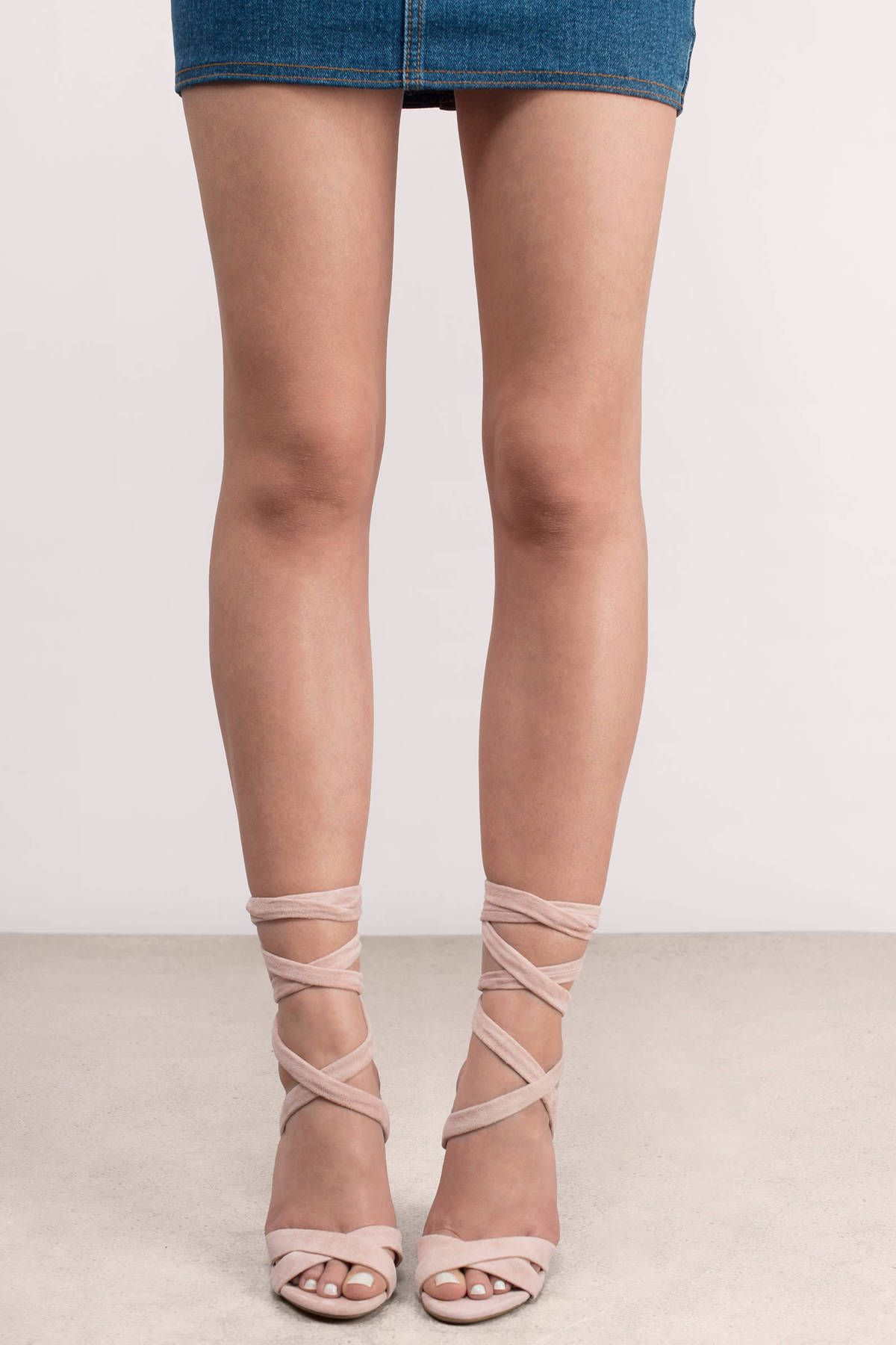 Shoes Hot Sale Fresh Light Pink Suede Fringed High Heeled Strappy Sandals Open Toe Narrow Band Braid Design Ankle Lace Up Tassels High Heels Street Price