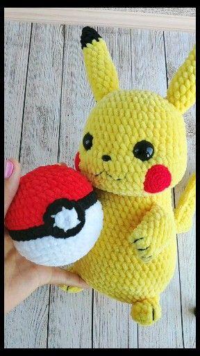 Crochet toy pattern Amigurumi Pokeball Pokemon Pikachu. Plush crochet toys tutorial. Knitted pokemon pattern. Detective Pikachu amigurumi pattern