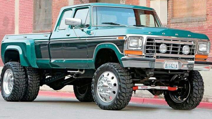 Big Dually Ford With Images Ford Trucks Big Trucks Diesel Trucks