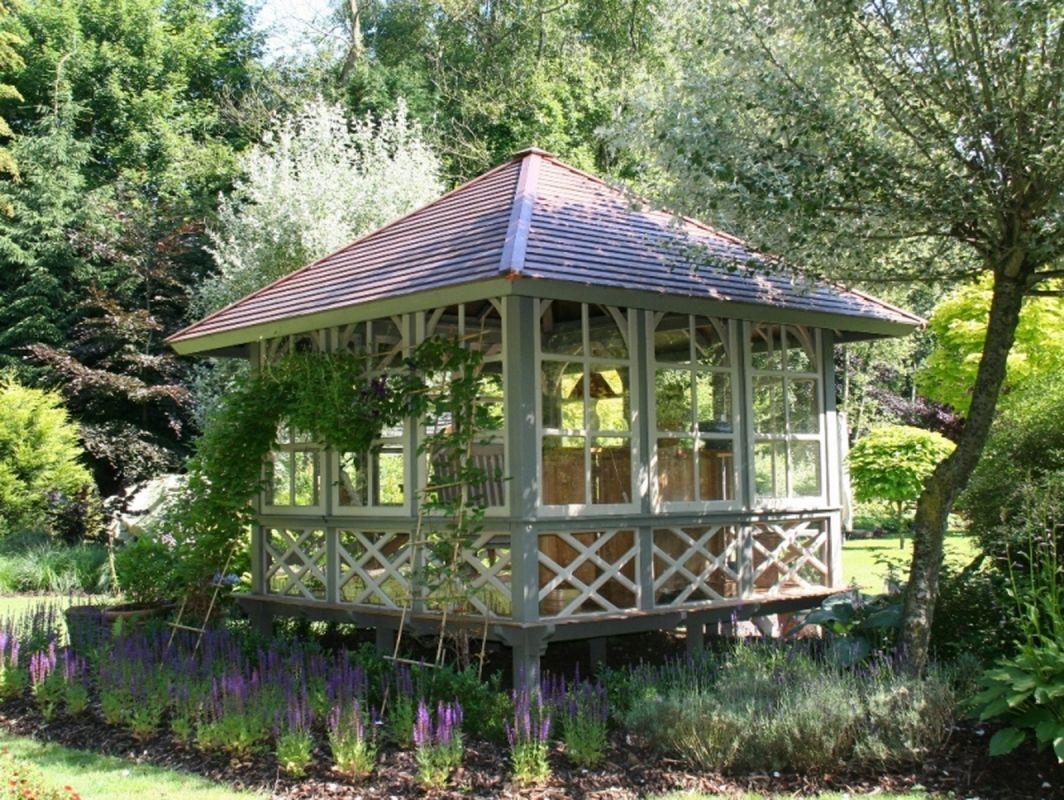 Réalisation de serre en bois habitable décorative vaucluse ...