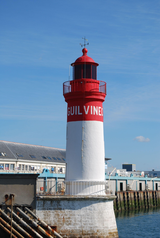 Long beach lighthouse wedding  Frankrijk Guilvinec  Scenery  Pinterest  Lighthouse France and