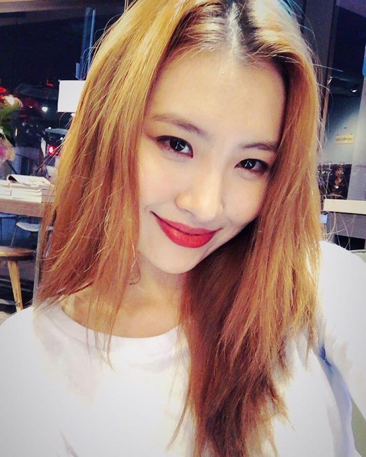 Lee Sunmi   Korean fashion, Kpop fashion, Fashion