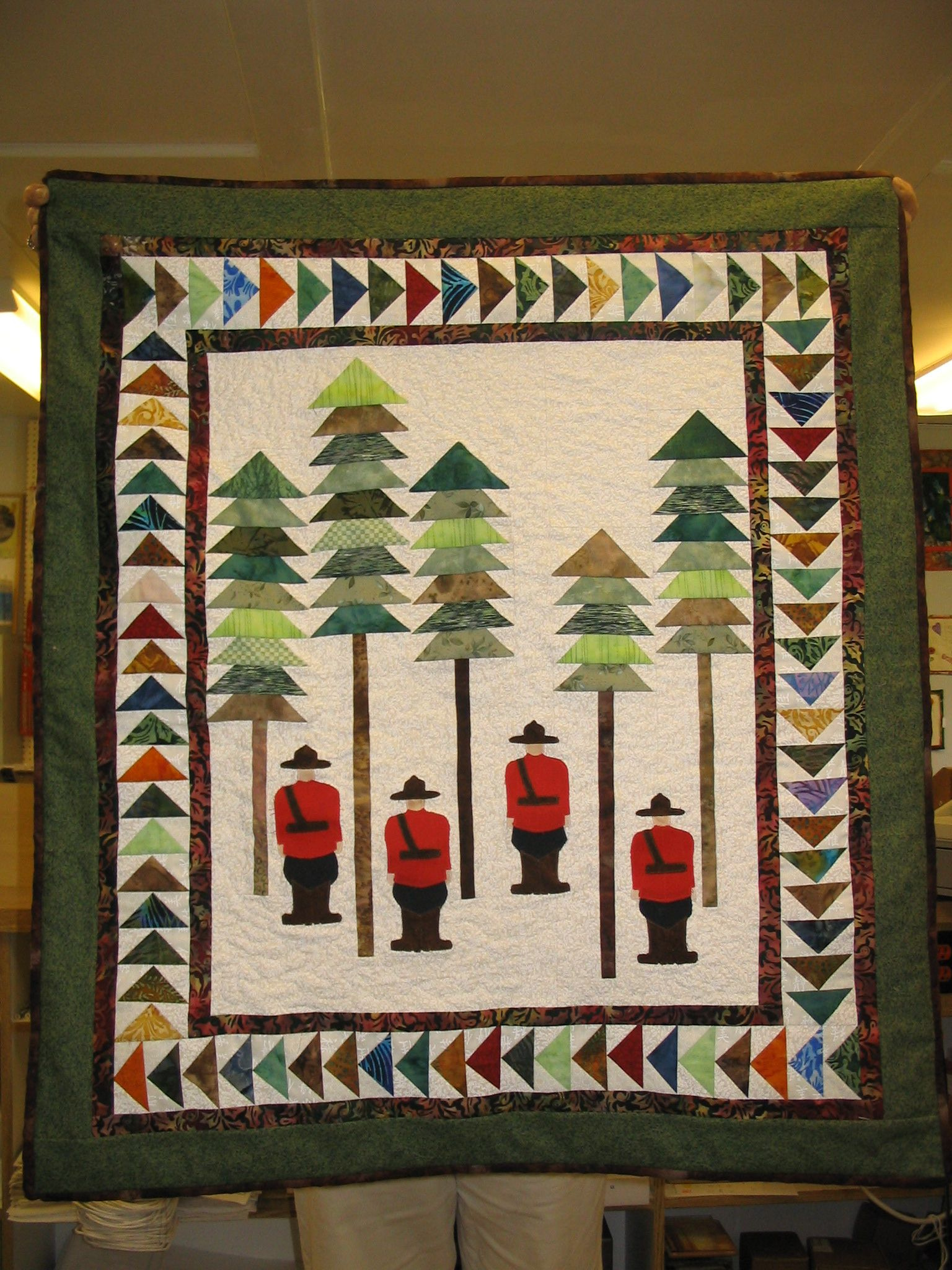 R.C.M.P. wall hanging | Quilt projects | Pinterest ...