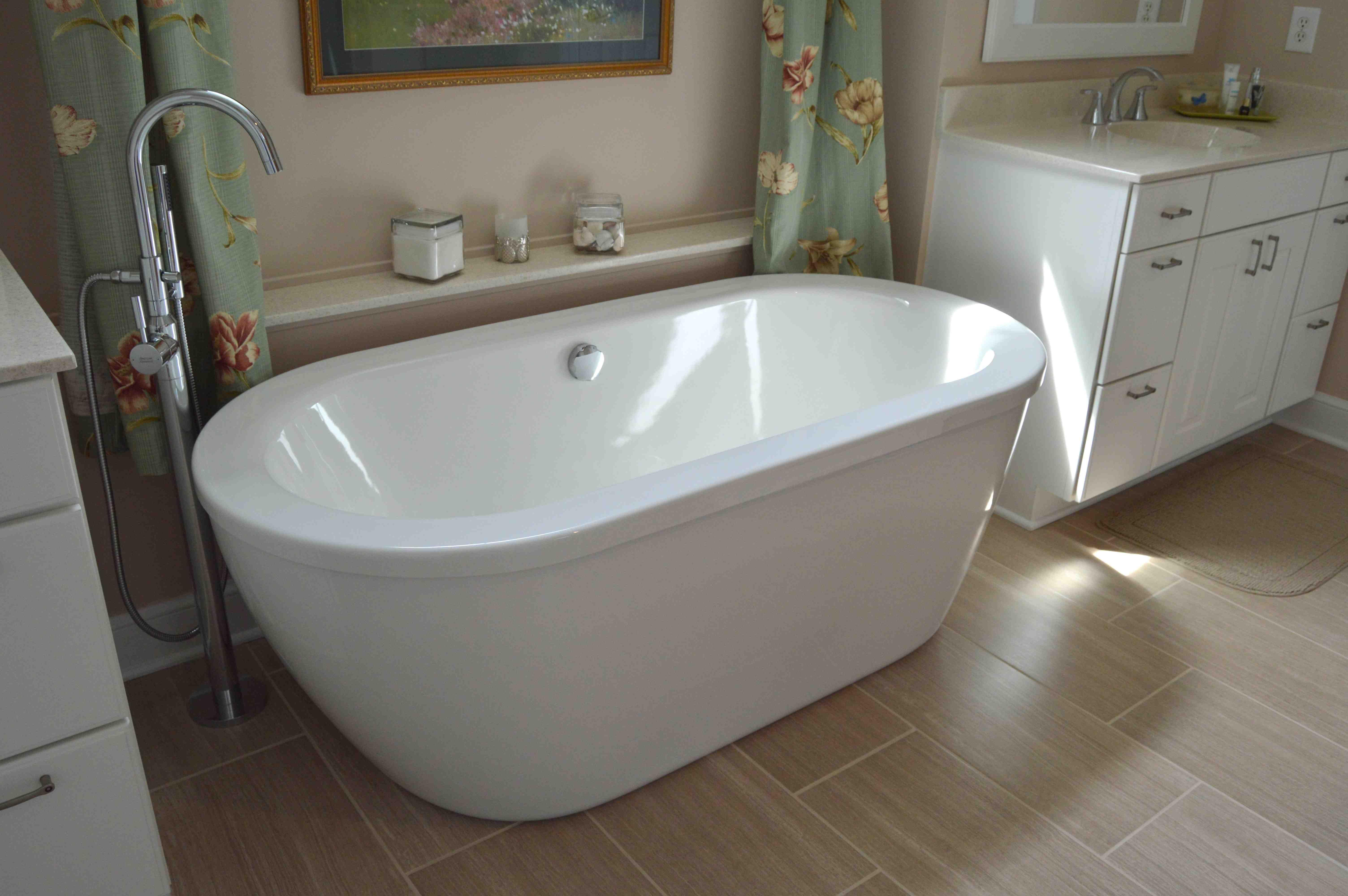 NgoBathroomRemodelTubShowerHatchettDesignRenovateVirginia - Hatchett bathroom remodel