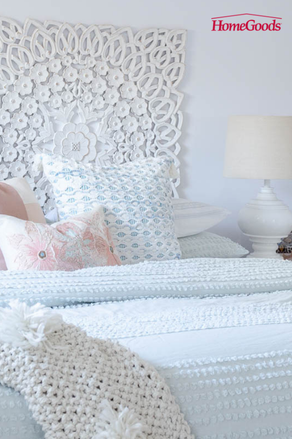 When Jessica From Four Generations Under One Roof Wanted To Turn Her Master Bedroom Into A Romantic Res Bedroom Makeover Sophisticated Bedroom Romantic Bedroom