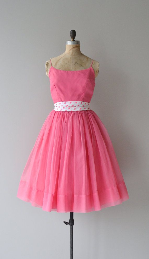 1950\'s | beautiful dresses | Pinterest | Lunares en diseño, Natural ...