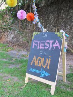 Ideas Para Decorar Fiestas En El Patio Buscar Con Google Fiesta Pool Parties Mexican Birthday 80th Birthday Party
