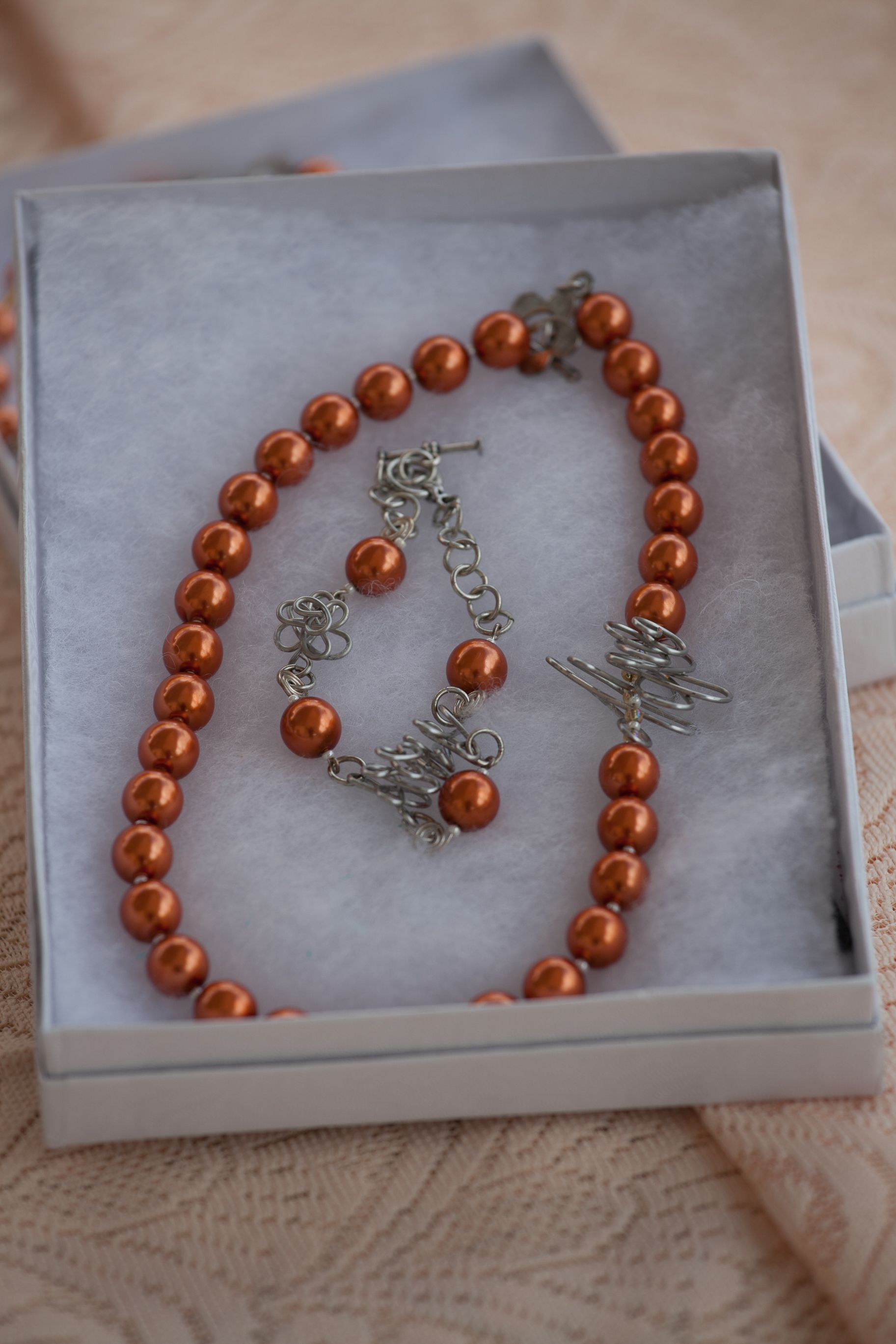 Cooper pearls with silver wire necklace and bracelet