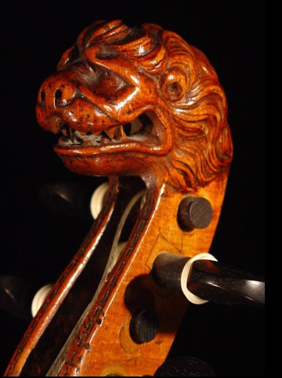 Pin von Jerri Aaron auf Violin scrolls and other peg boxes