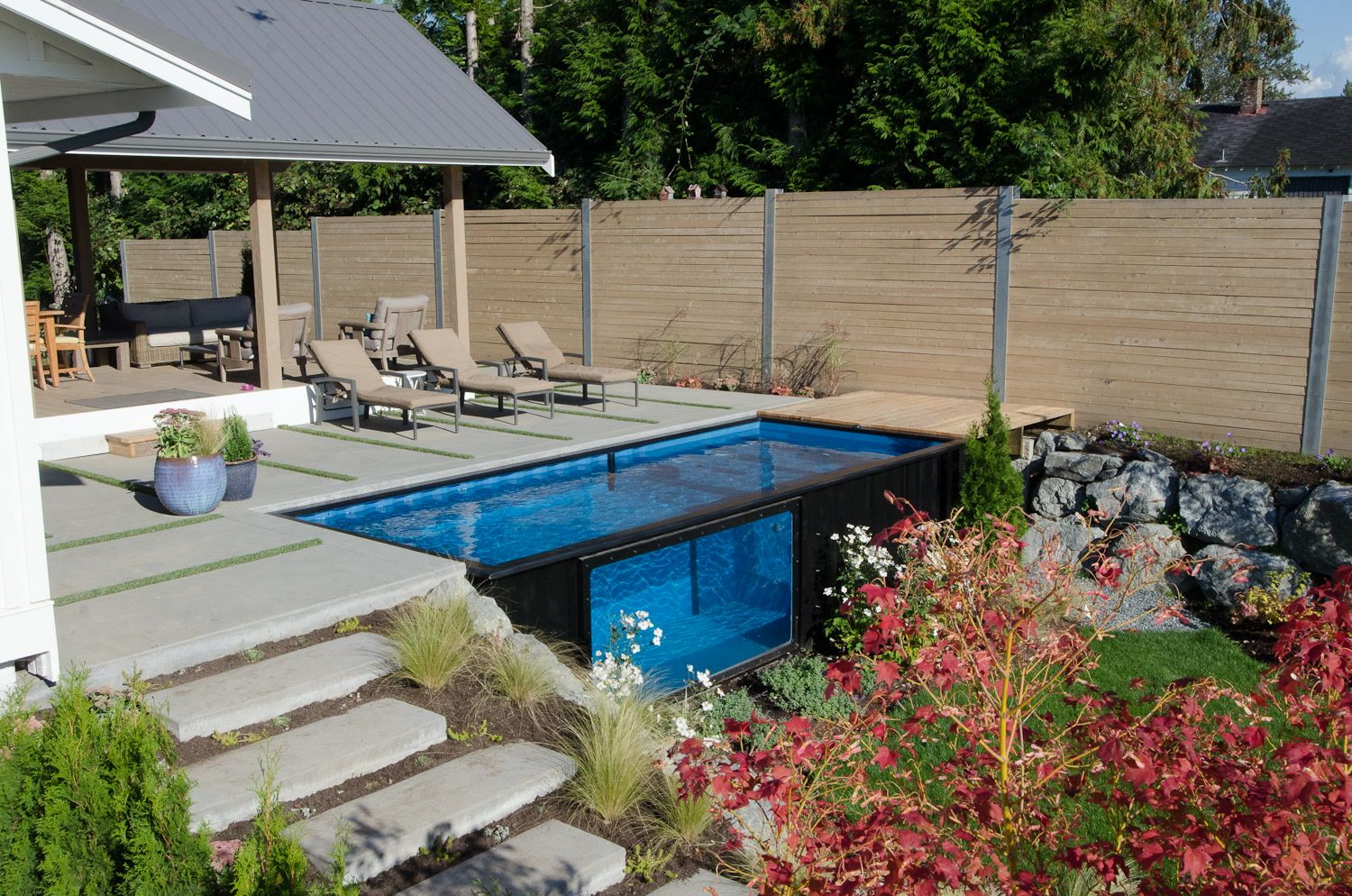 This Shipping Container Pool Can Be Installed Anywhere In Minutes