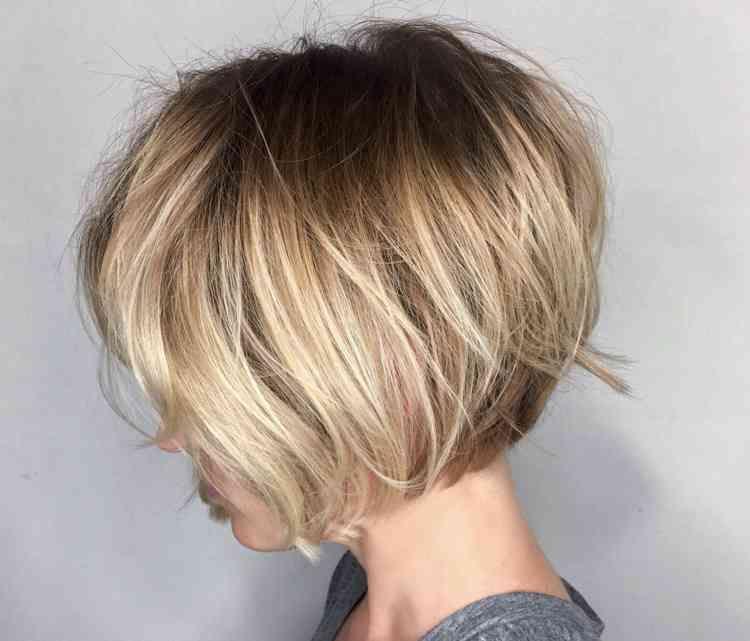 Frisuren blond bob kurz