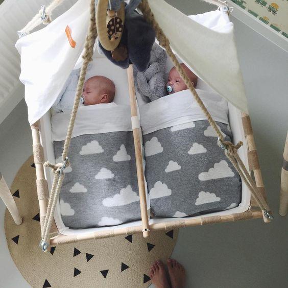 Stubenwagen zwillinge selber bauen  Wenn man Zwillinge bekommt wird man oft kreativ! Tolle Ideen zum ...