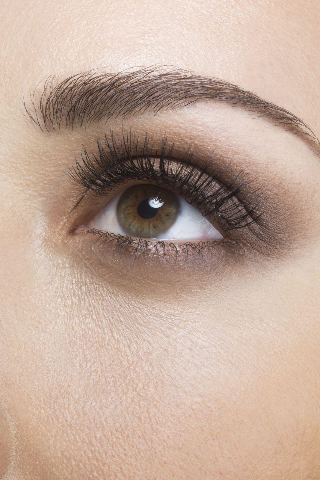 """Nooo! Brown and """"Bone"""" Eyeshadow Can Make You Look Older"""
