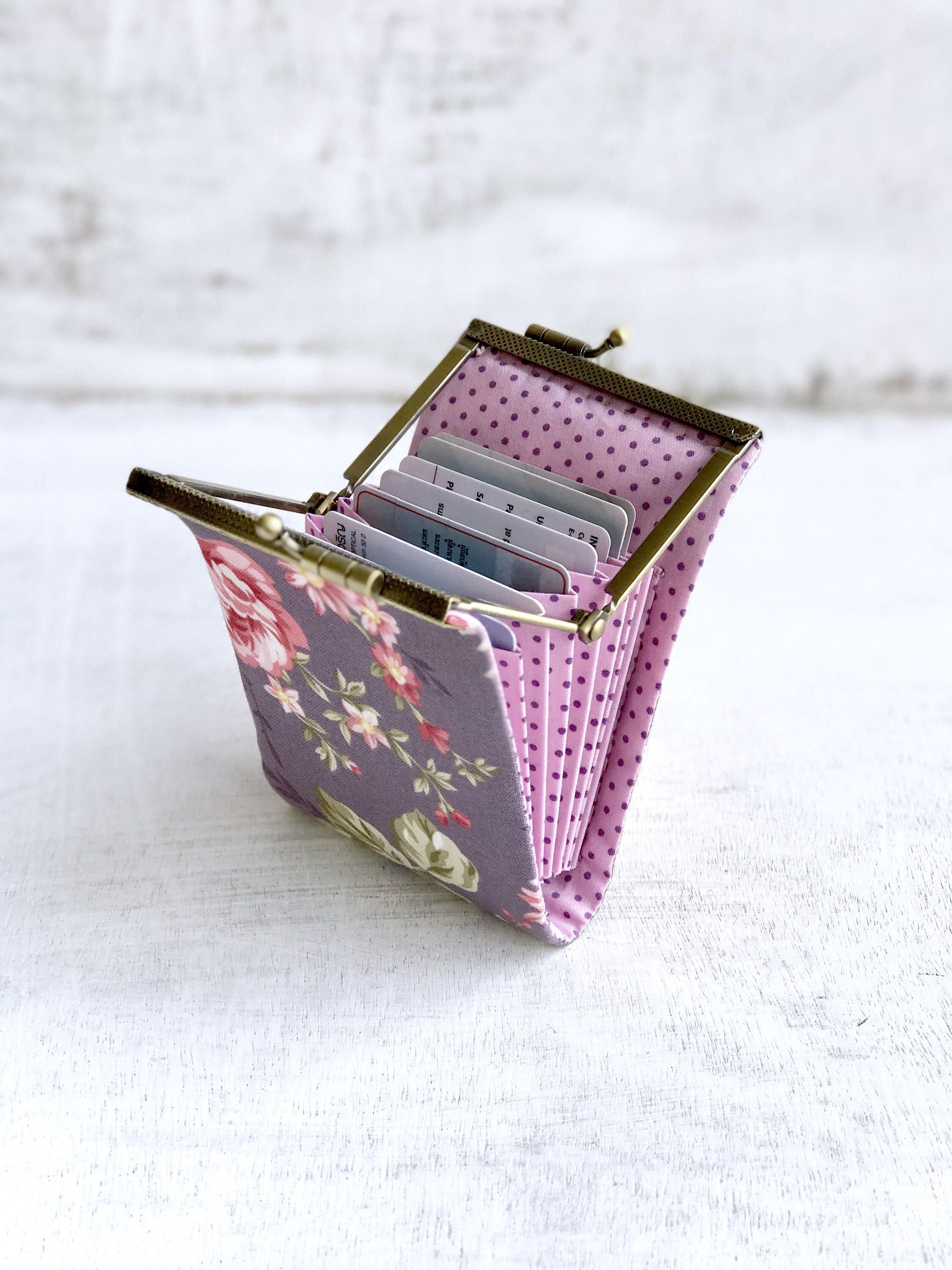 Floral card case womens credit card wallet card holder wallet floral card case womens credit card wallet card holder wallet fabric card case kiss clasp frame purse card organizer colourmoves Images
