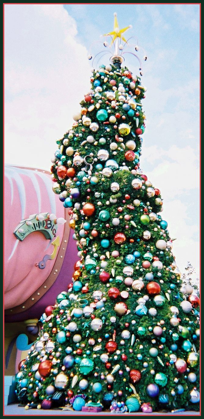 Whoville Christmas Tree. How'd they do that ;-)   O' Christmas ...