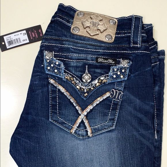 edbc7b270c37ce NWT Miss Me Signature Rise Boot cut jeans size 28 FEATURES SIGNATURE RISE -  JW7069B SEQUIN & RHINESTONE ON EMBROIDERED & BACK BLOWOUT FLAP POCKETS  THICK ...