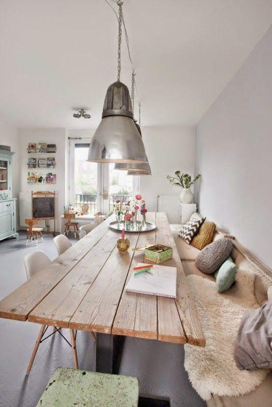 5 astuces d co pour r chauffer la maison et marquer les changements de saison longues tables. Black Bedroom Furniture Sets. Home Design Ideas