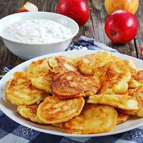 Torta di mele a basso contenuto di carboidrati con ricotta – ricetta salutare per la colazione