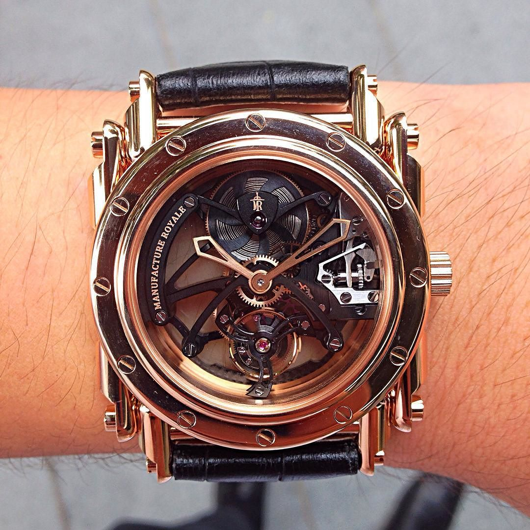 May I present you the @manufactureroyale Androgyne Origine Rose Gold Timepiece which cased in 18k Rose Gold casing & boasts a Flying Tourbillon which has a Silicon Escape wheel & Pallet Fork which makes it impervious to magnetic attraction and highly resistant to corrosions!  Ultimately one of the Best Looking Manufacture Royale Pieces out there & one of my favorites in my Watch List! #Watch #WatchGeek #WatchNerd #WatchPorn #WatchLover #WristGame #WristPorn #WristShot #WristCandy #WOTD #WOMV…