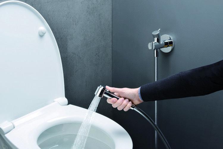 Everything You Need To Know About Bidets Going Zero Waste Bidet Bathroom Bidet Japanese Bathroom