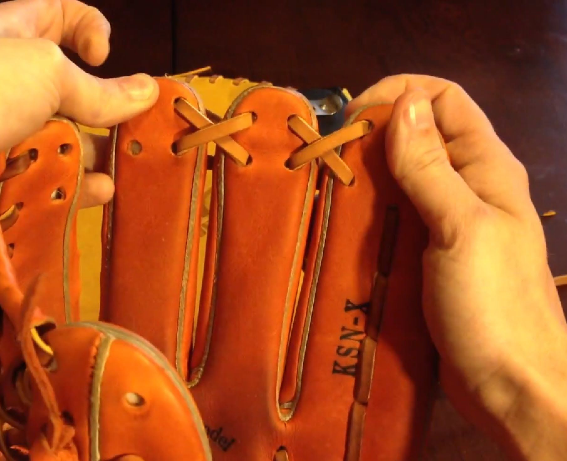 How To Relace The Fingers And Web Spiral Found Standard On Most Gloves Softball Gloves Marlins Baseball Baseball Glove