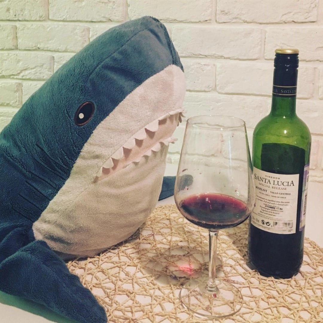 Картинки с акулой из икеа