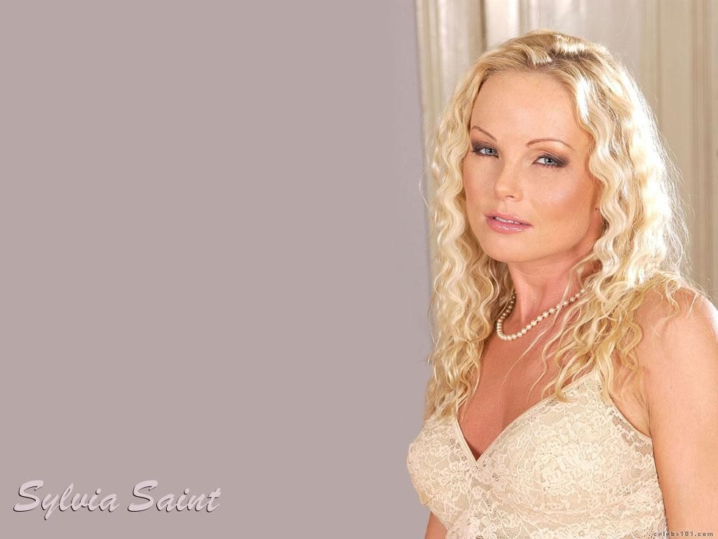 Necessary words... Silvia saint white jeans