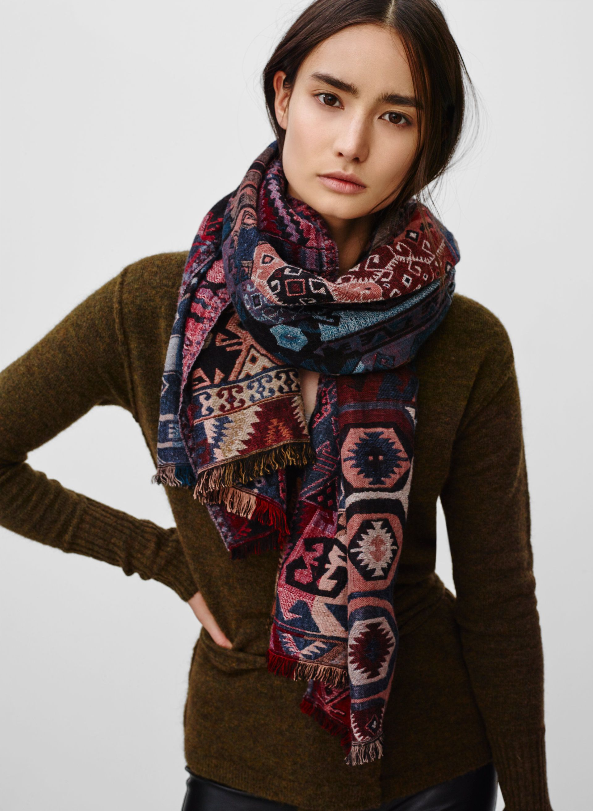 Modal Scarf - An Infinite Mess by VIDA VIDA