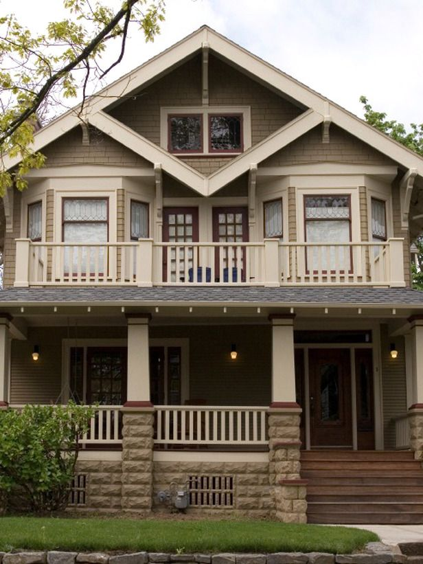 26 popular architectural home styles wood stone for Craftsman style architects