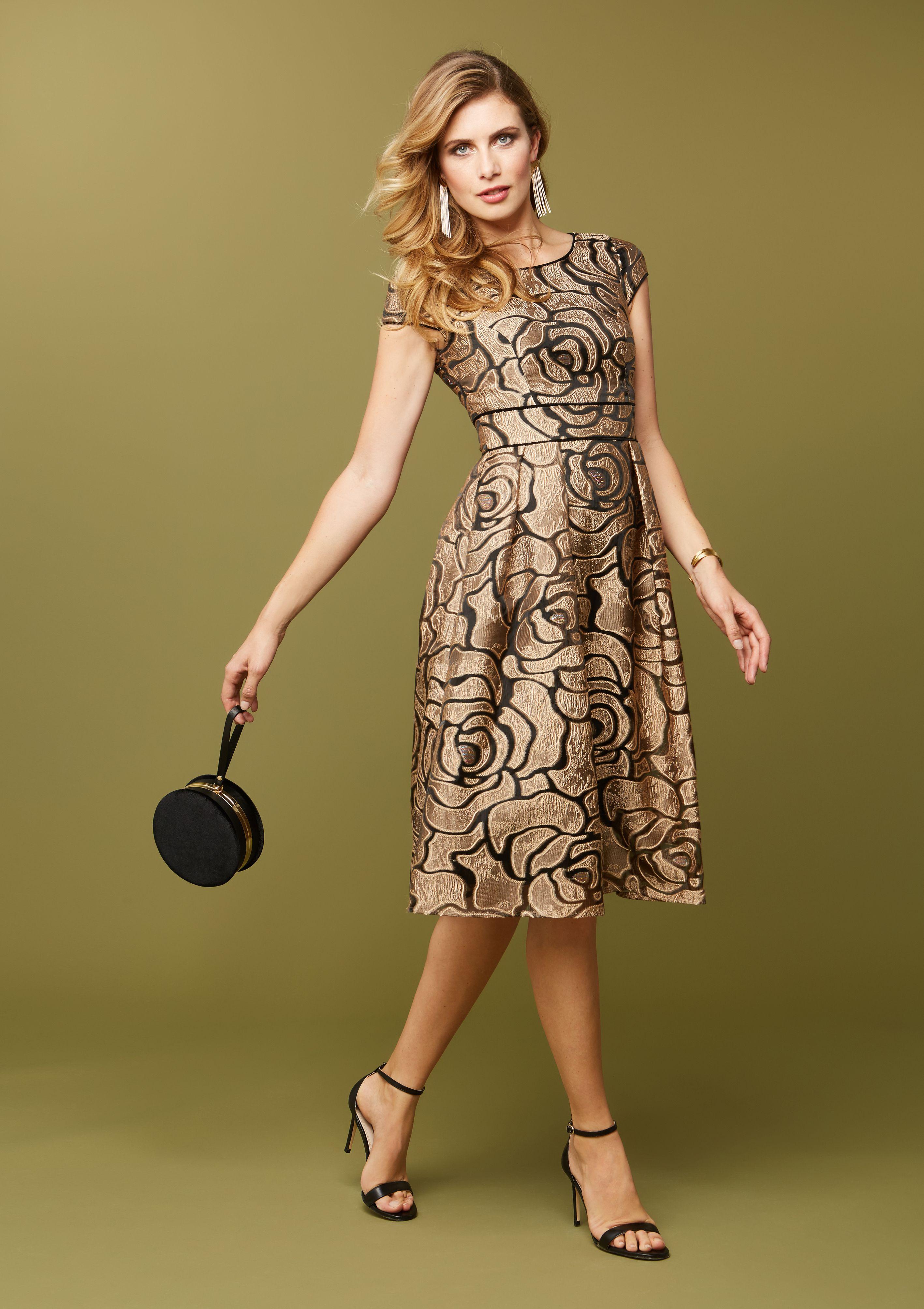 Der goldene Hingucker auf der Cocktailparty! Dieses Kleid ...