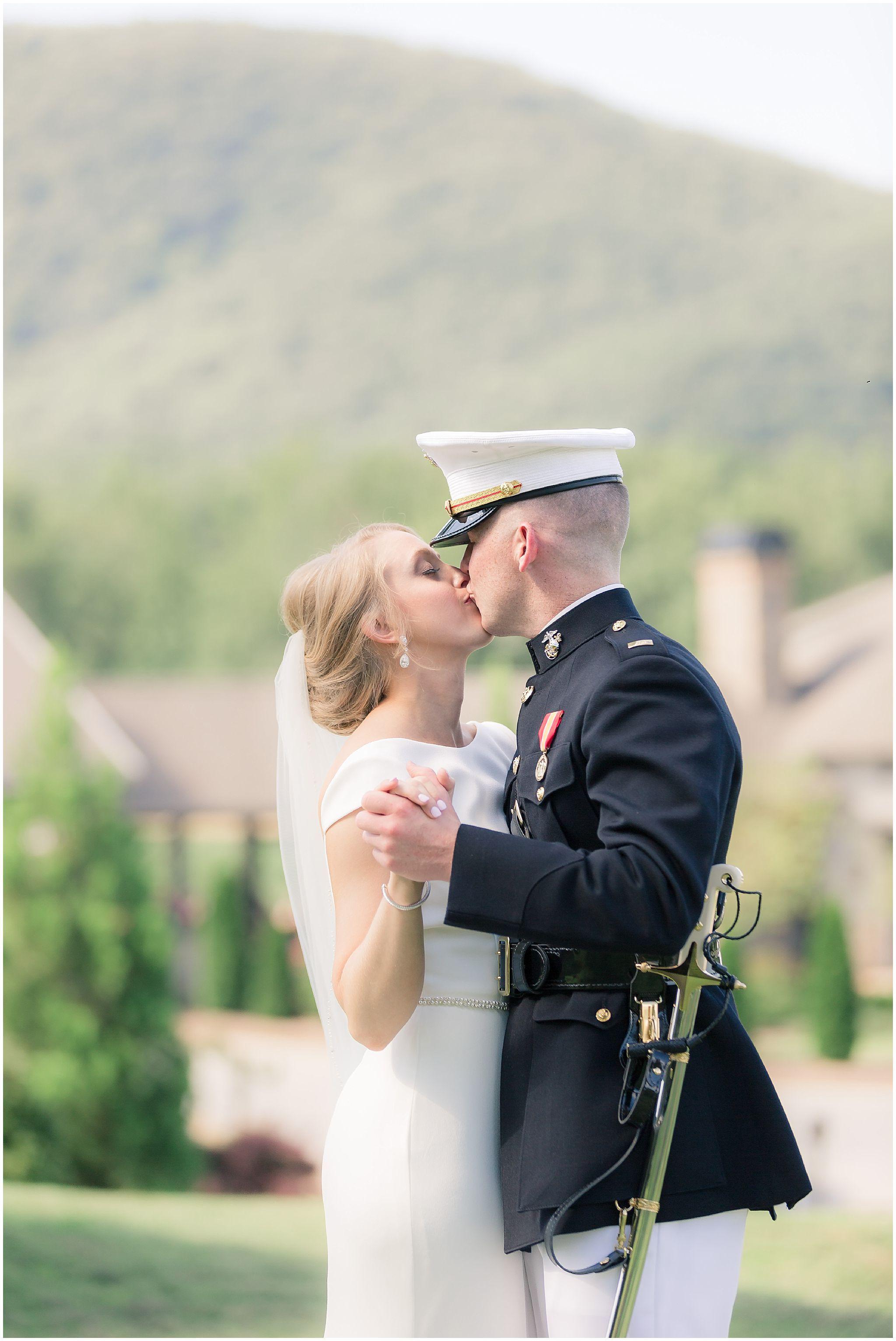 Yonah Mountain Vineyards Wedding Pictures Atlanta